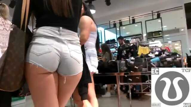 Best teen ass in jeans shorts candid