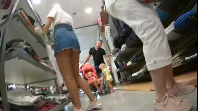 Jailbait teen daughter with her mother upskirt candid